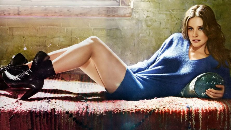 Nicole Evangeline Lilly wallpaper