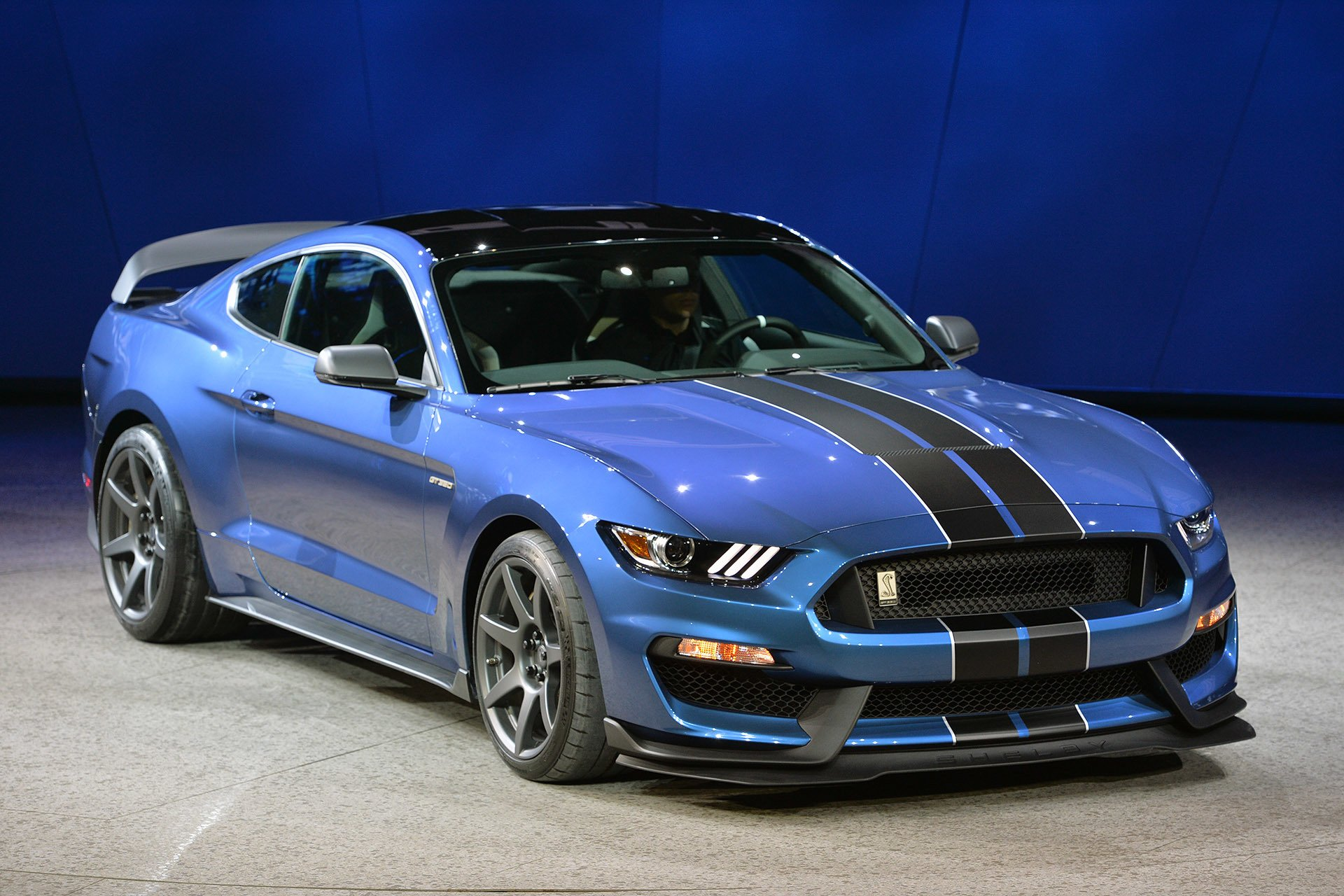 ford mustang shelby gt350r 2015 dark cars wallpapers. Black Bedroom Furniture Sets. Home Design Ideas