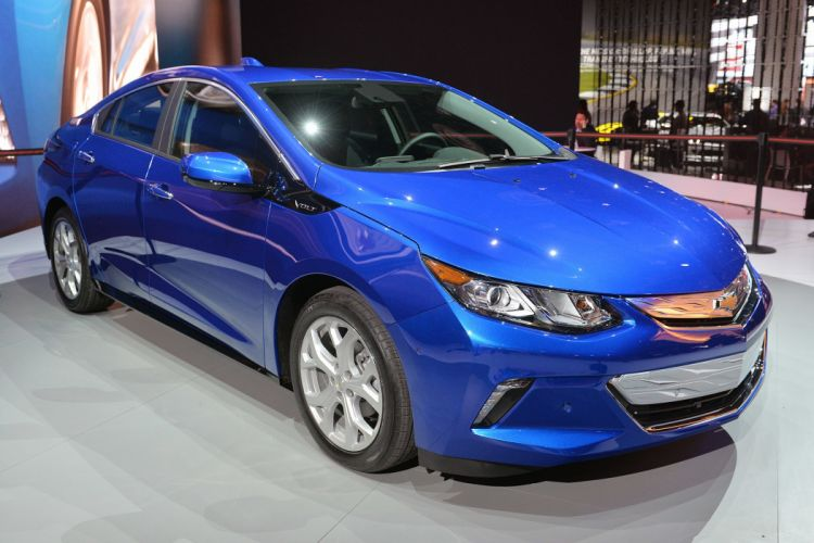 Chevrolet Volt 2016 hybrid electric cars wallpaper