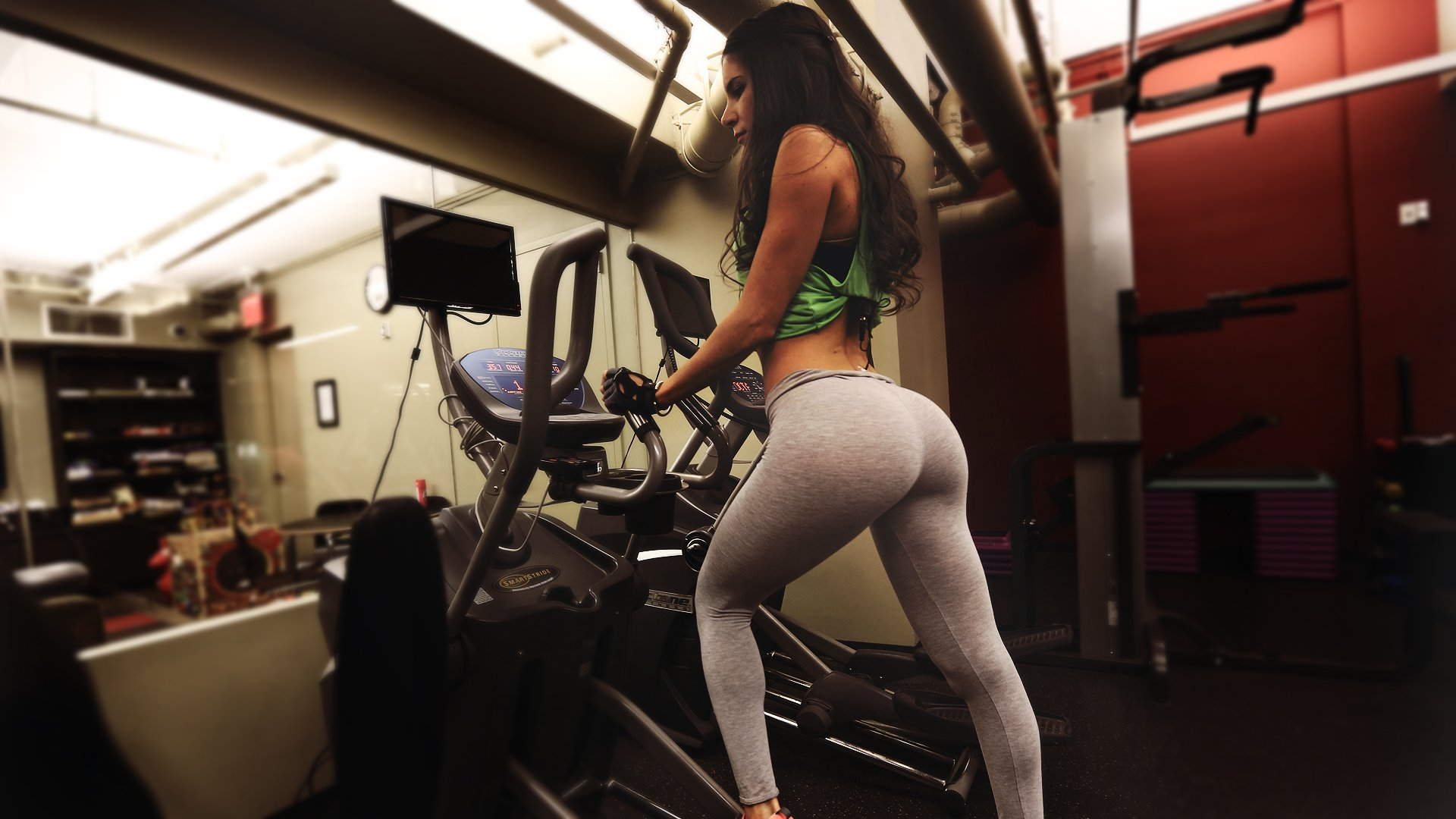 SPORTS - girl fitness gym exercise bodybuilding wallpaper