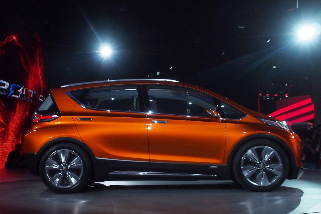 Chevrolet Bolt EV Concept cars 2015 wallpaper