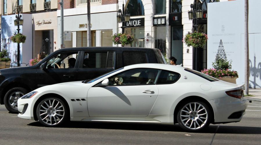 Maserati Gran Turismo 2+2 coupe cars supercars italia wallpaper
