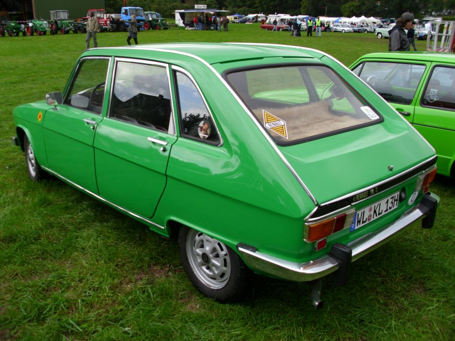 cars 16 french renault classic wallpaper
