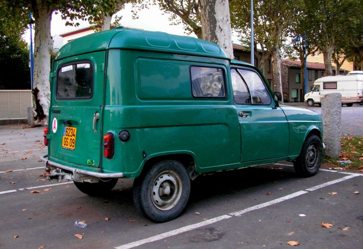Renault 4 F4 4 L Fourgonnette classic delivery cars french wallpaper