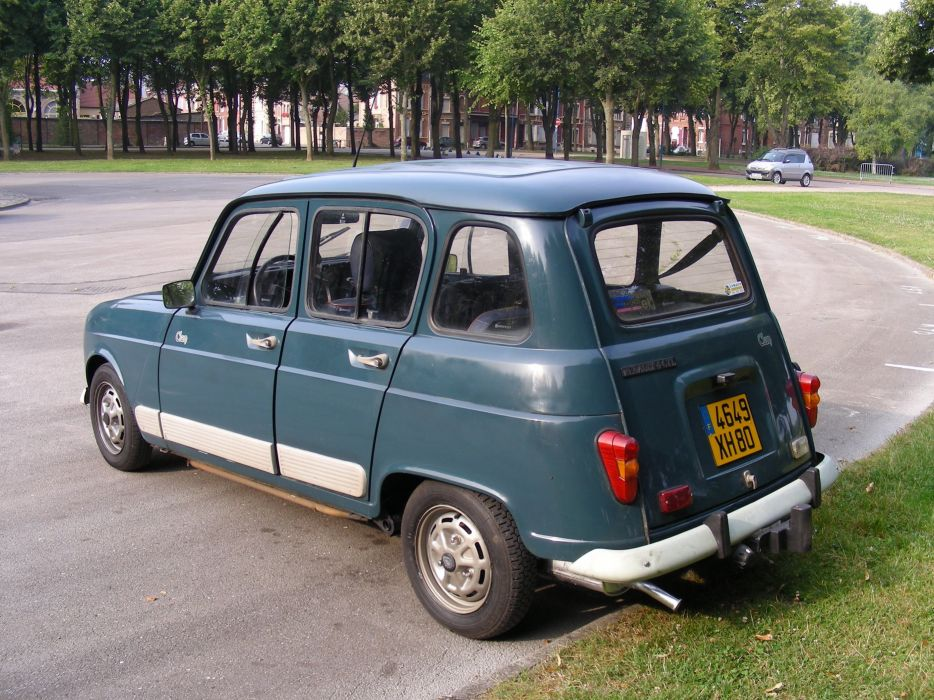 Renault R 4 4 L classic cars french wallpaper