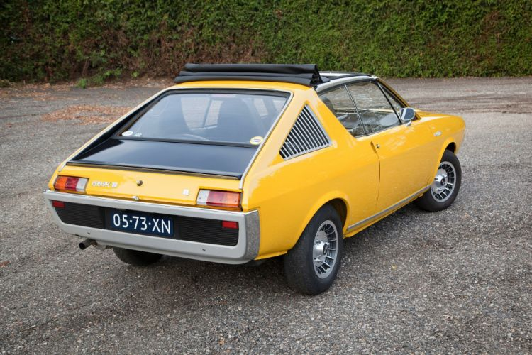 Renault 17 coupe cars classic cars french wallpaper