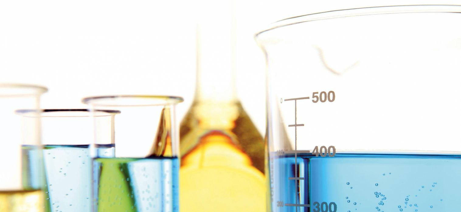 test tube abstract abstraction cylinder tubes glass bokek medical vials chemistry biology science wallpaper