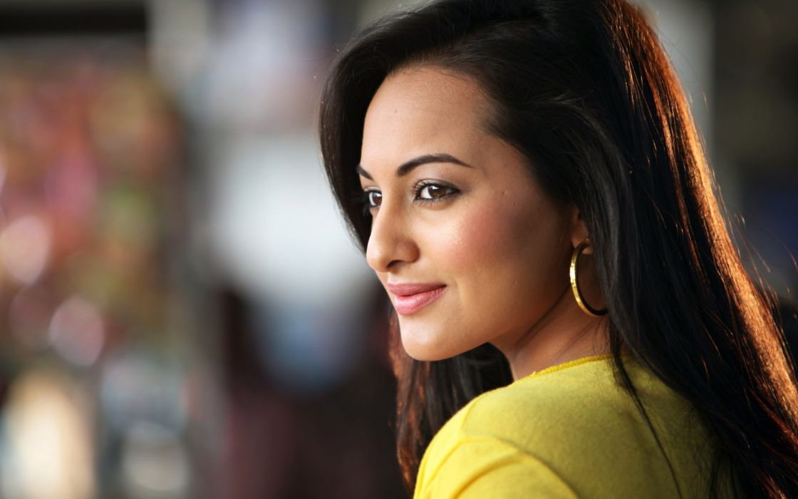 Sonakshi Sinha Wallpaper Hd wallpaper