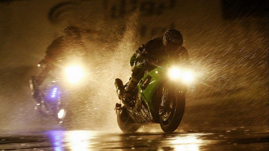 Motorcycle Race In The Rain Bike Wallpaper Hd wallpaper