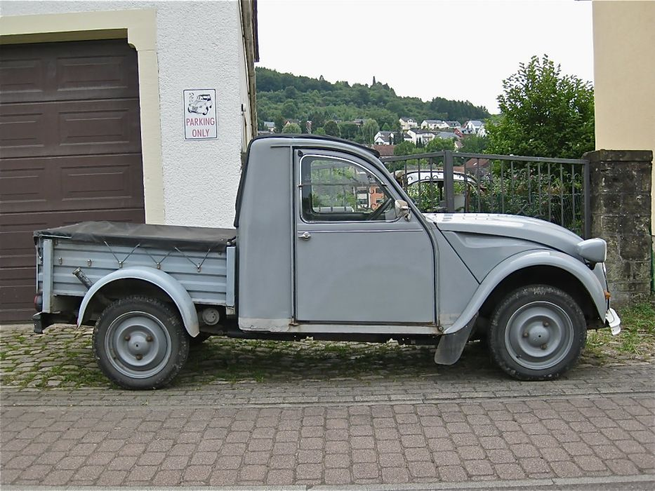 2cv Citroen classic cars french pickup wallpaper
