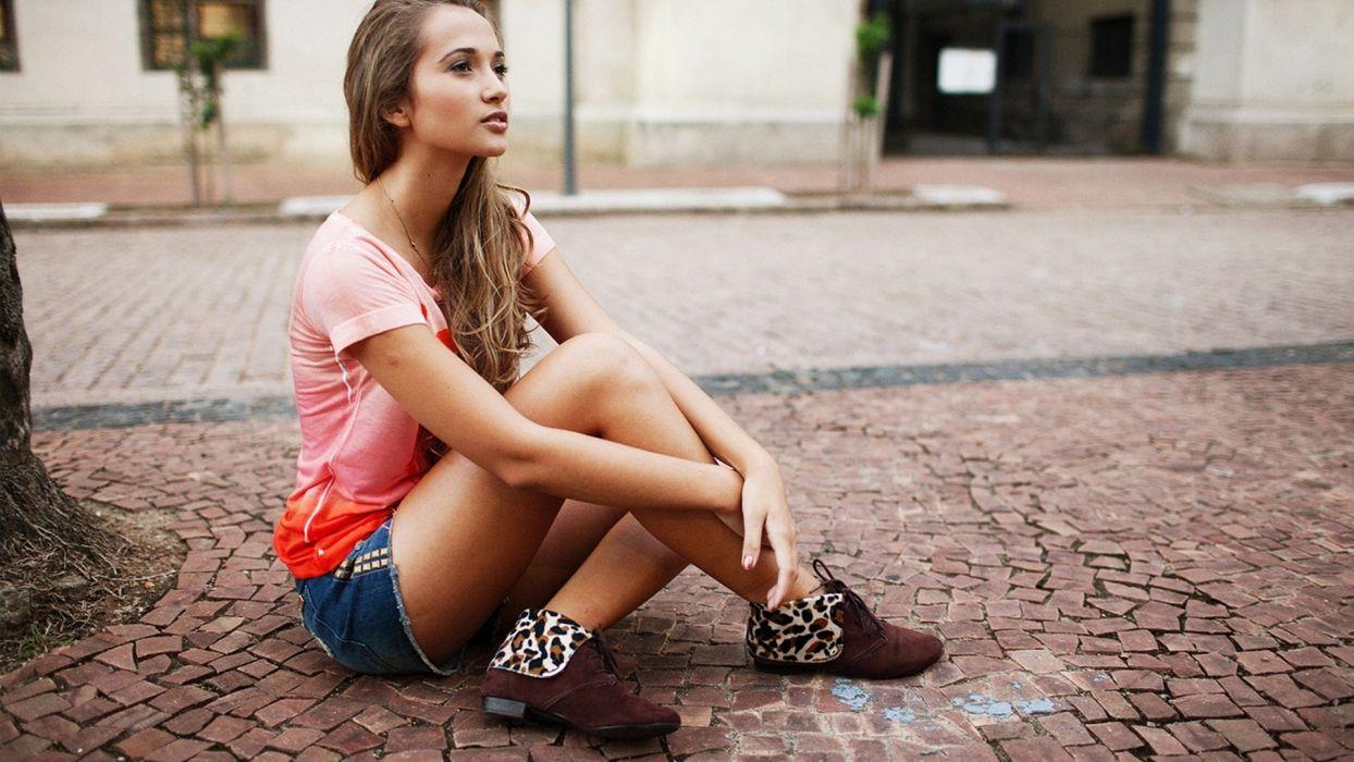 SENSUALITY - girl short jeans sidewalk wallpaper