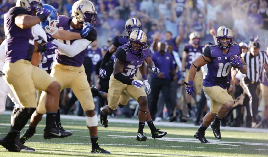 WASHINGTON HUSKIES college football wallpaper