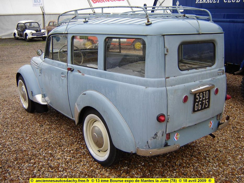 Renault Juvaquatre cars classic cars french wagon wallpaper