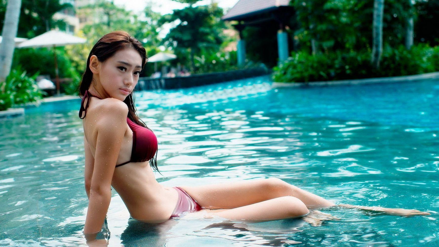 Japanese bikini girl wallpapers, sex bbs pics