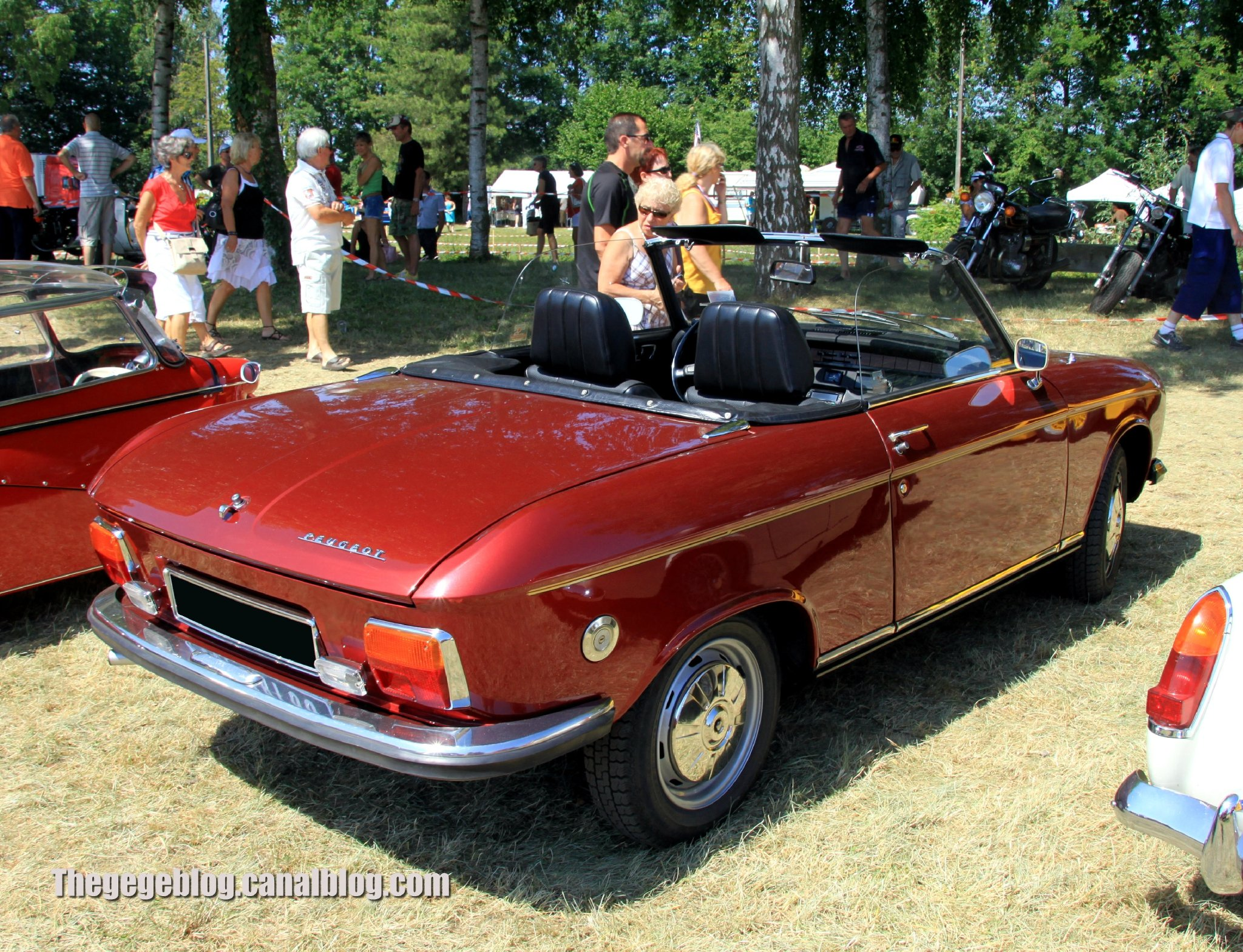peugeot 304 cars classic french convertible cabriolet wallpaper 2048x1568 597879 wallpaperup. Black Bedroom Furniture Sets. Home Design Ideas