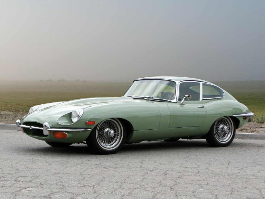 1968-71 Jaguar E-Type Fixed Head Coupe US-spec Series-II classic luxury supercar wallpaper