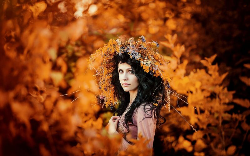 SENSUALITY - autumn portrait wreath beautiful girl wallpaper