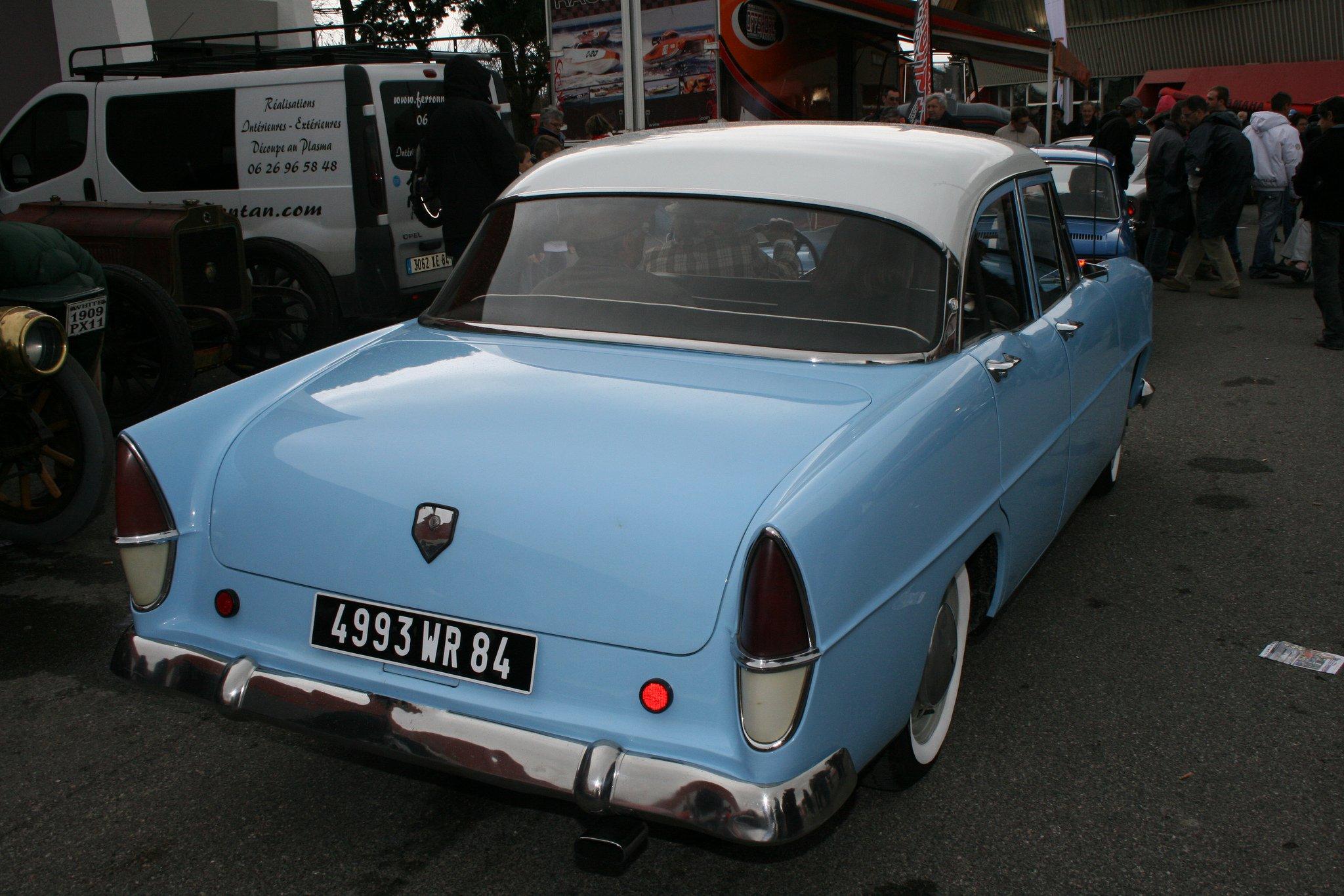 Simca cars classic cars sedan french ariane wallpaper | 2048x1365 | 601229  | WallpaperUP