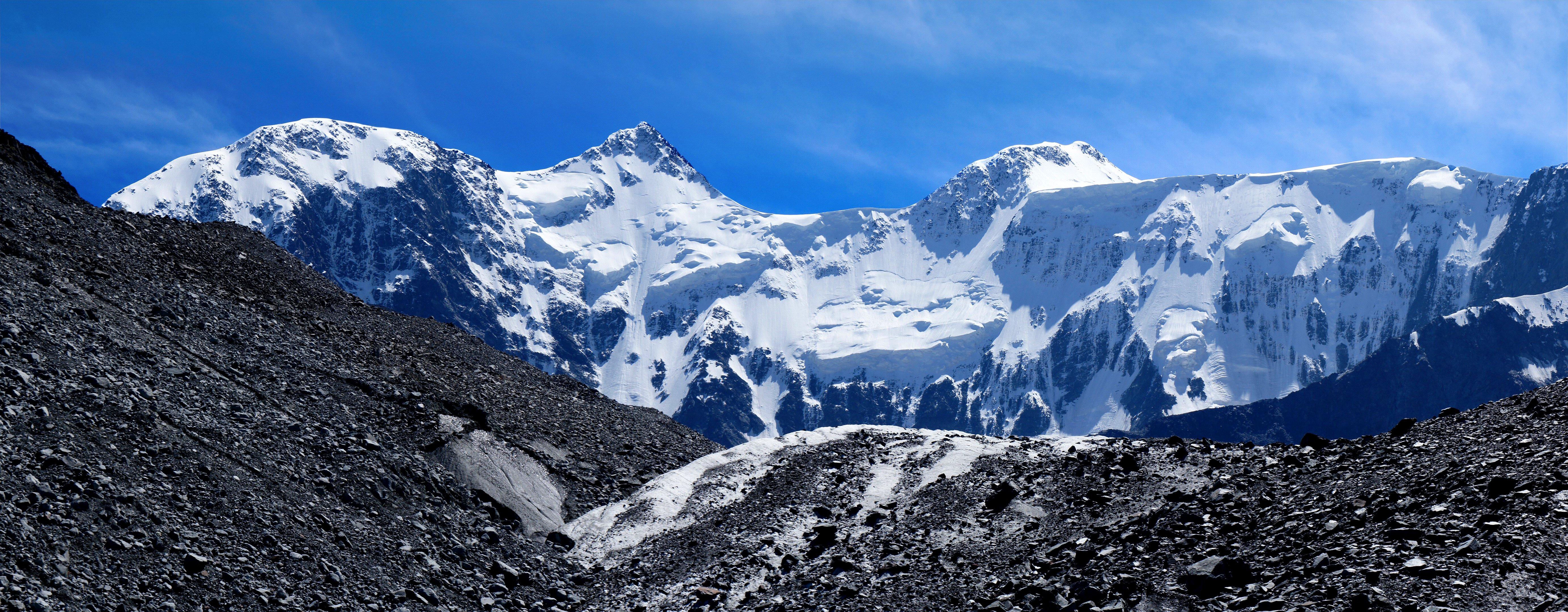 Panorama dual monitor mountain snow wallpaper