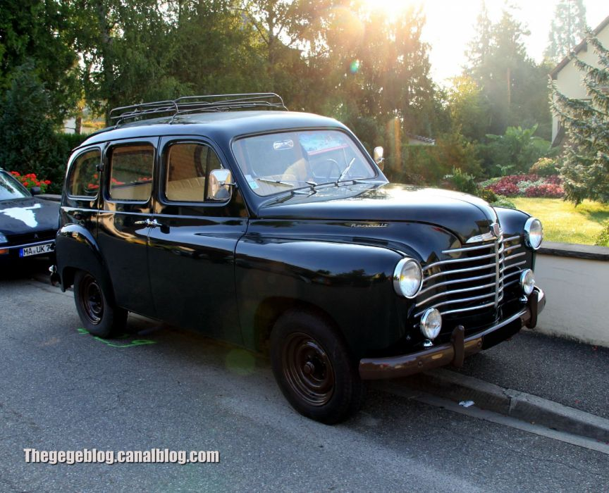 cars classic prairie colorale suv french renault wallpaper
