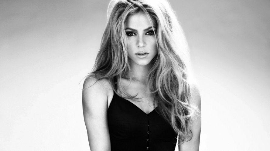 beautiful - sensual - and-hot Shakira wallpaper