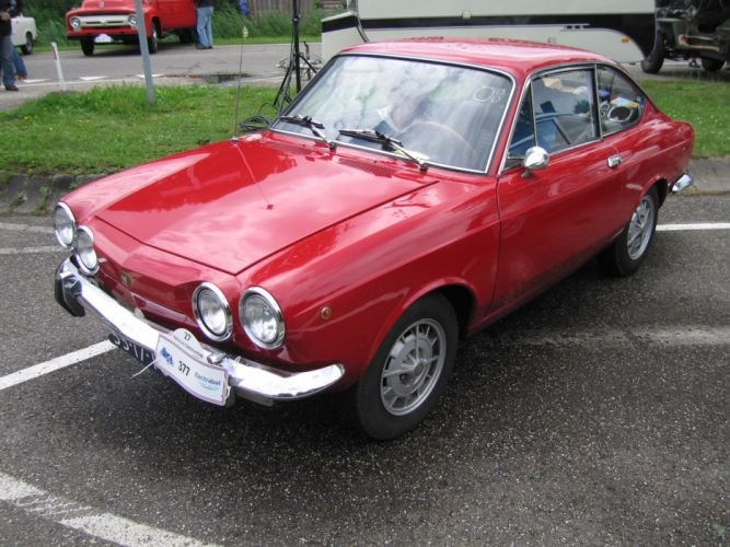 Fiat 850 Sport Coupe classic cars italia wallpaper