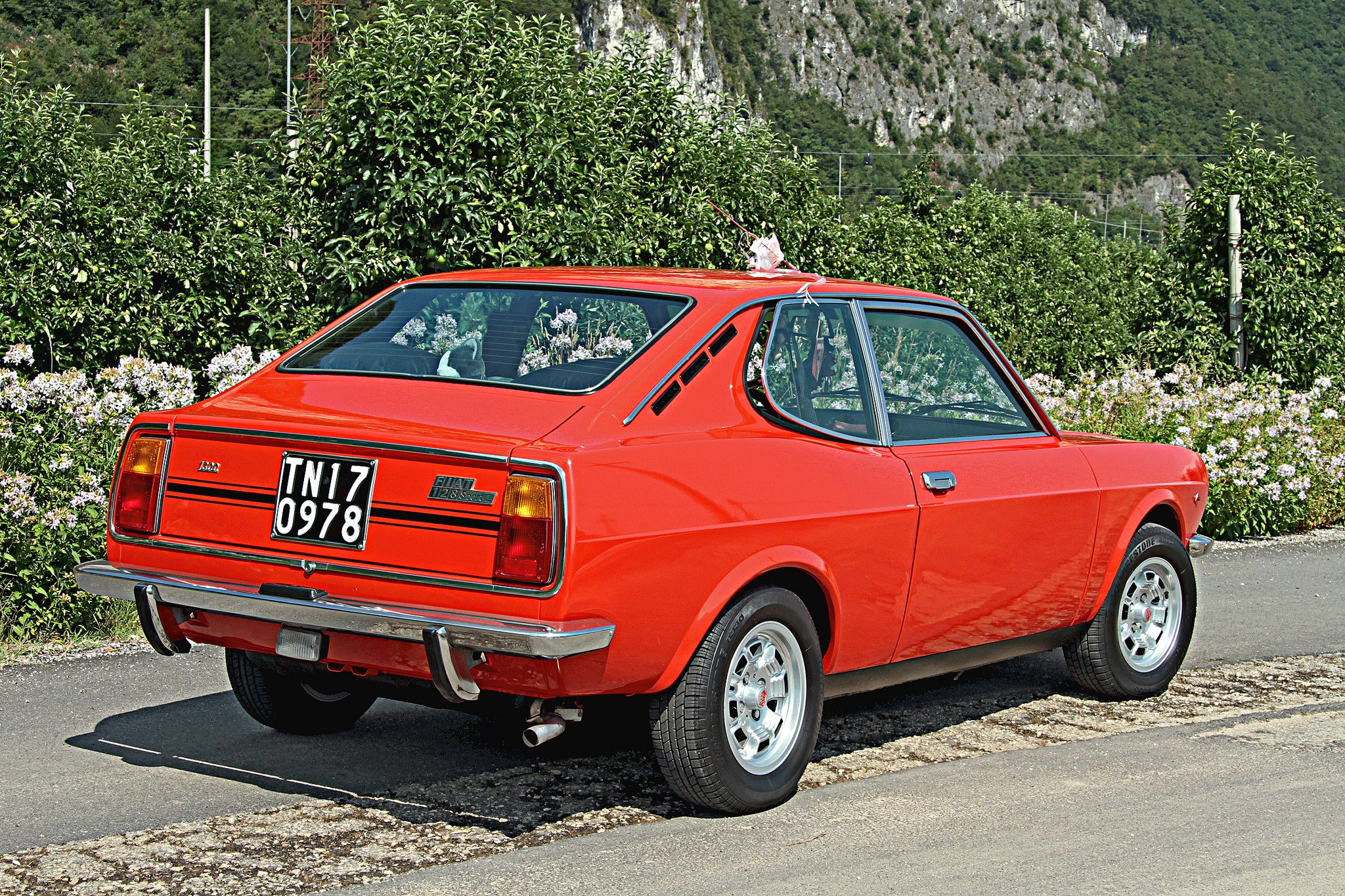 fiat 128 sport l coupe cars classic italia wallpaper. Black Bedroom Furniture Sets. Home Design Ideas