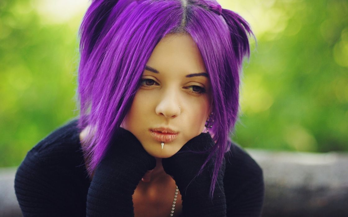 FACE - lonely purple hair girl wallpaper