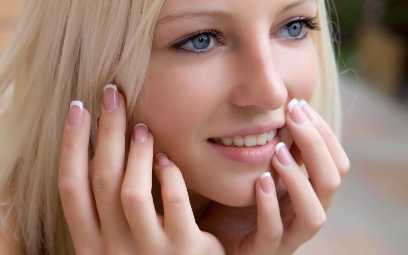 FACE - smile blonde beautiful girl look sensuality wallpaper