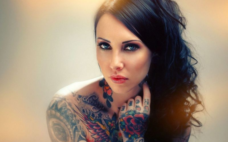 PORTRAIT - tattoos girl sensuality wallpaper