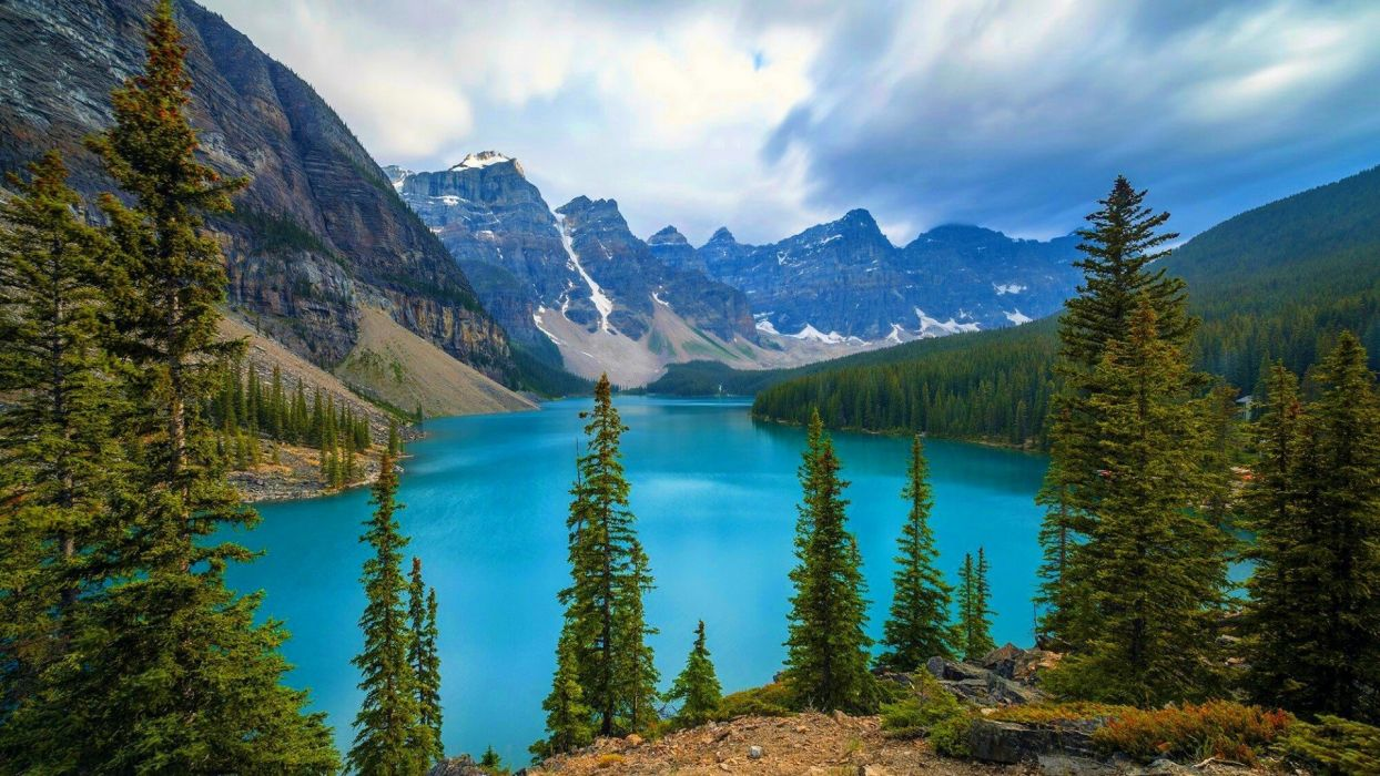 moraine-banff-national-park wallpaper