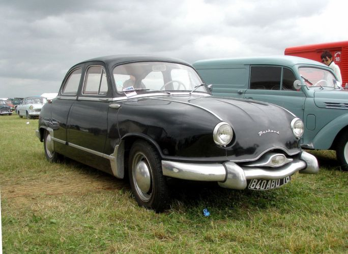 Panhard dyna z classic french wallpaper