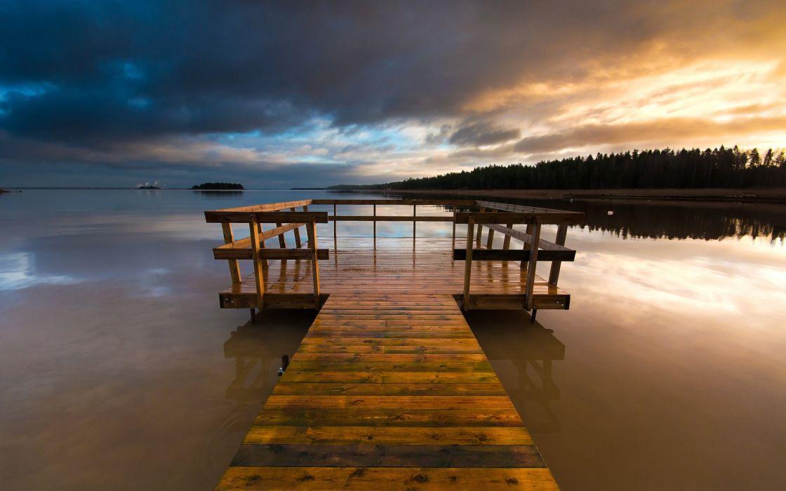 suecia-lago-maderas-puerto-naturaleza wallpaper