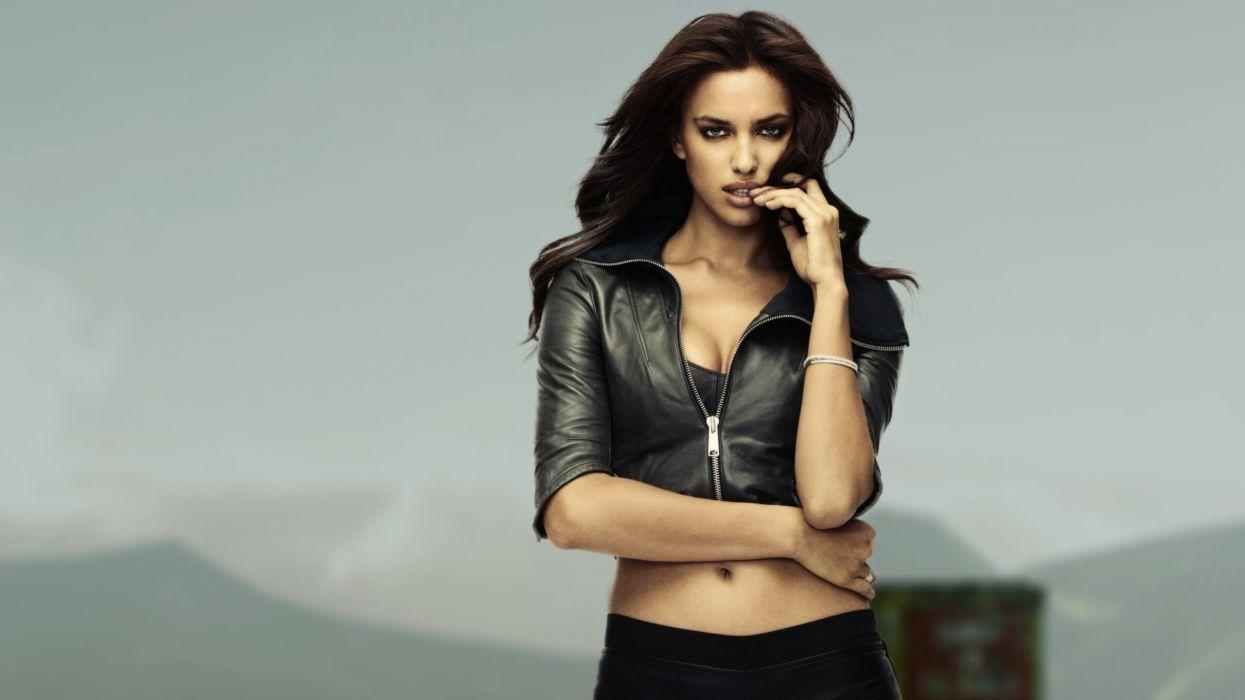 irina shayk-modelo-mujer-celebridad-rusia wallpaper
