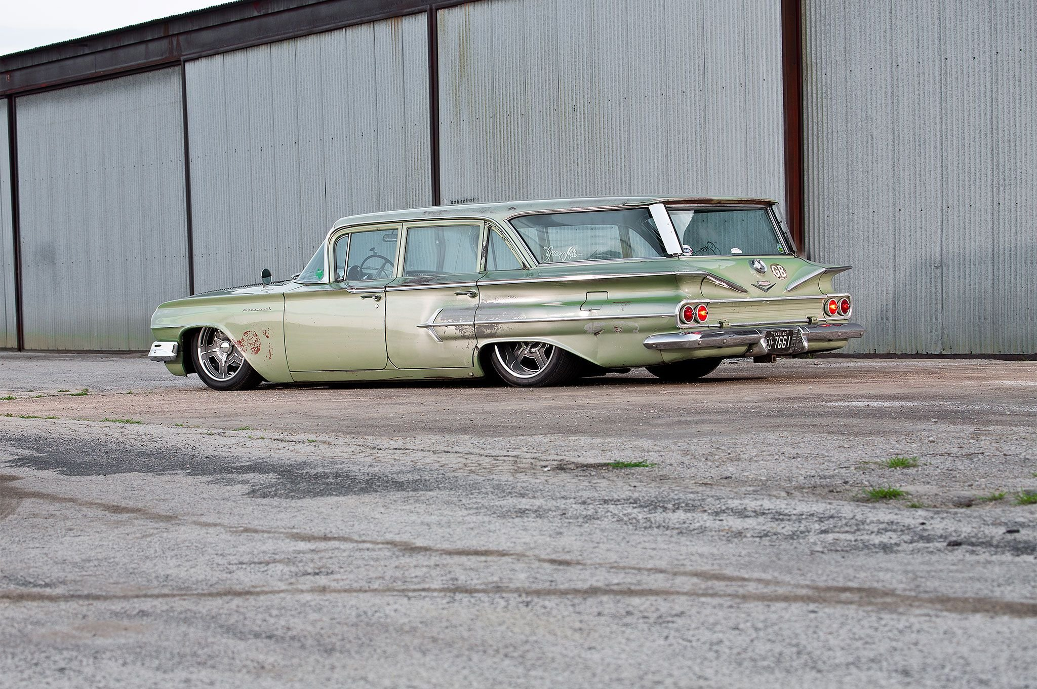 1960 Chevrolet Wagon Parkwood-06 wallpaper