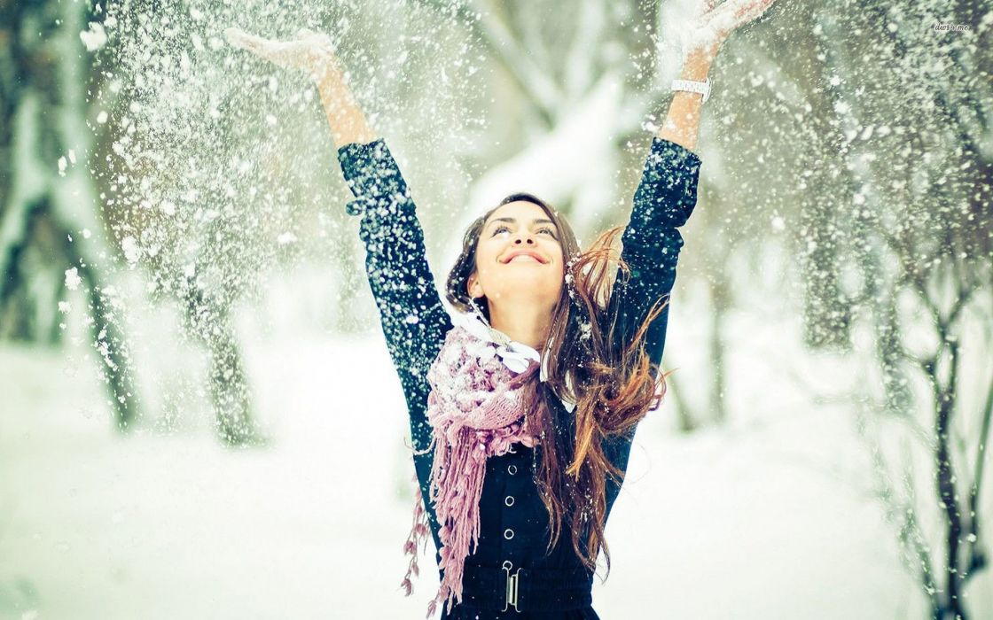 17213-happy-girl-in-winter-1920x1200-girl-wallpaper wallpaper