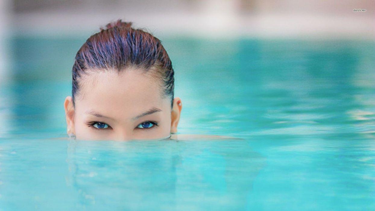 23952-girl-in-the-swimming-pool-1920x1080-girl-wallpaper wallpaper
