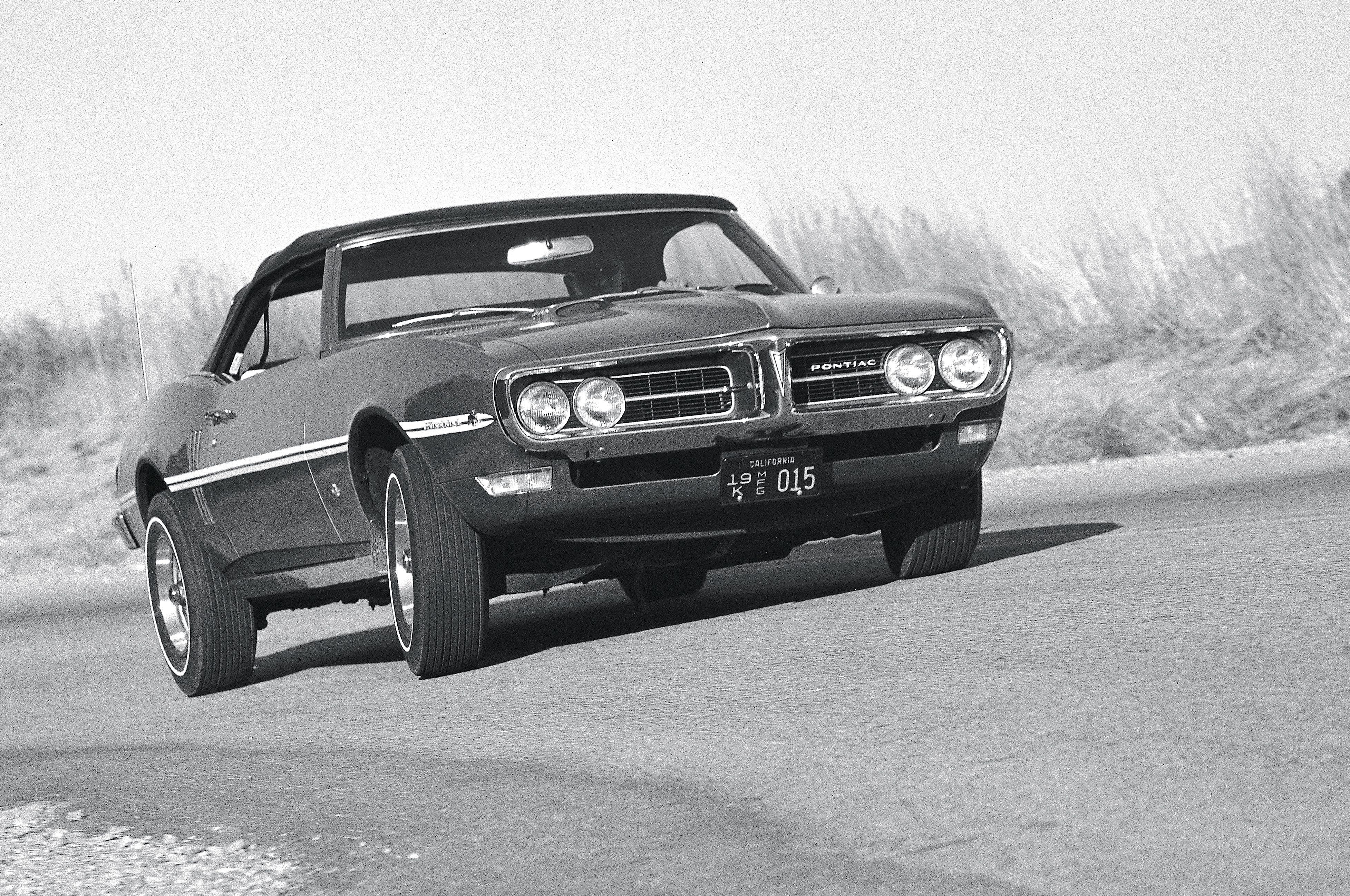1967 Pontiac Firebird-01 wallpaper