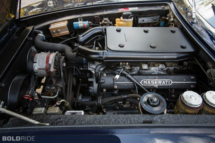 Maserati Ghibli coupe cars supercars classic engine moteur wallpaper