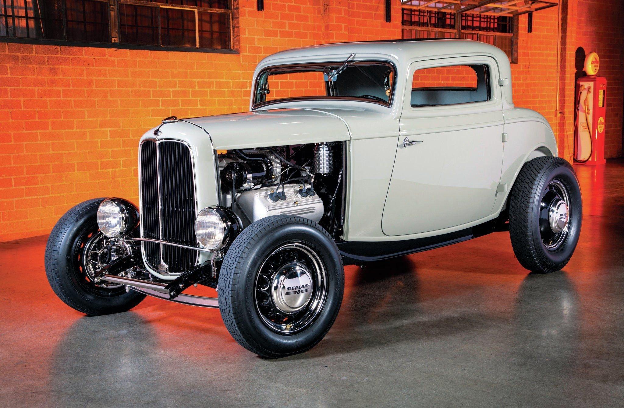 1932 Ford 3 Window Deluxe-01 wallpaper