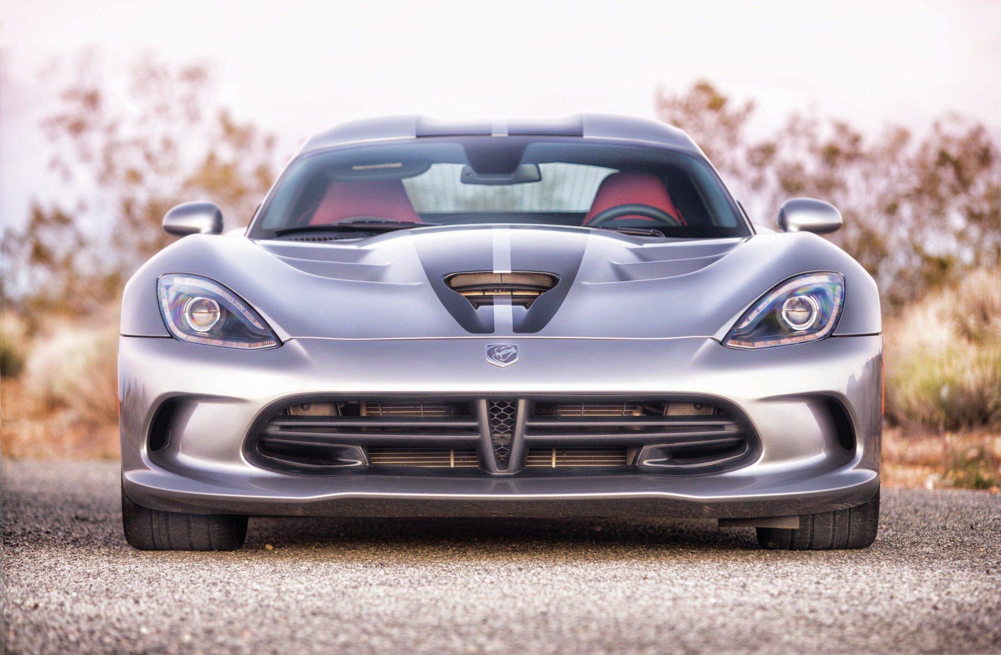 2014 Dodge SRT Viper-02 wallpaper