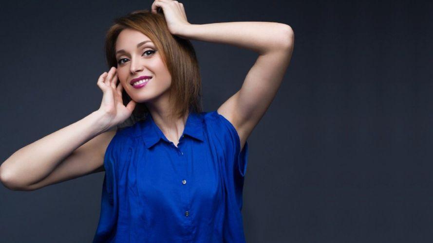 Ukrainian singer Aida Nikolaychuk beauty woman blonde blue dress wallpaper