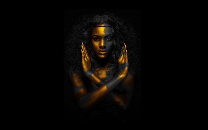 Egyptian qeen gold black woman 1920x1200 resolution wallpaper
