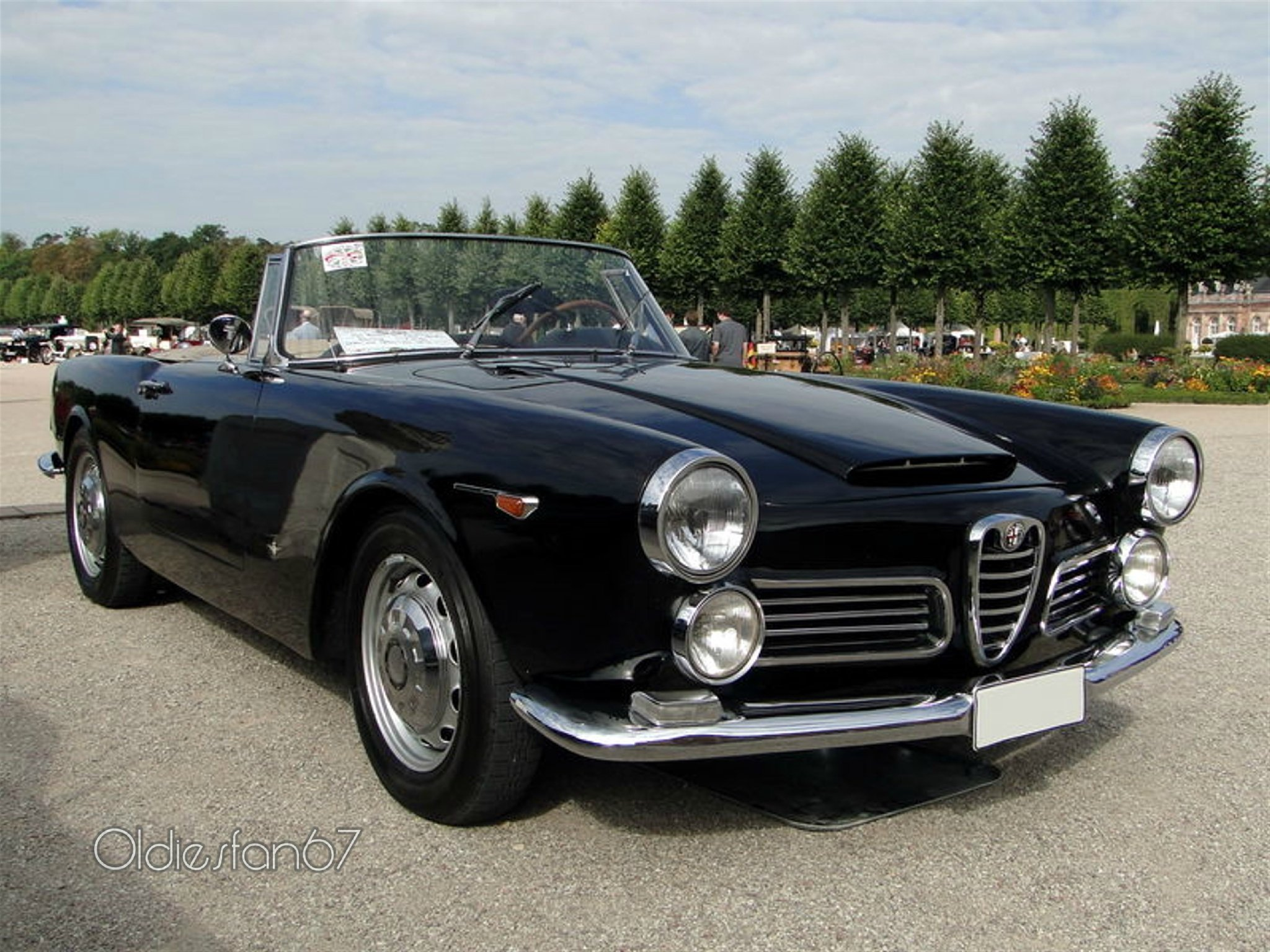 alfa romeo 2600 spider classic cars convertible wallpaper 2048x1536 616354 wallpaperup. Black Bedroom Furniture Sets. Home Design Ideas