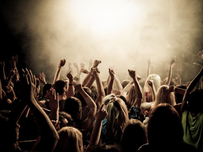 crowd-concert-arms-raised-music wallpaper