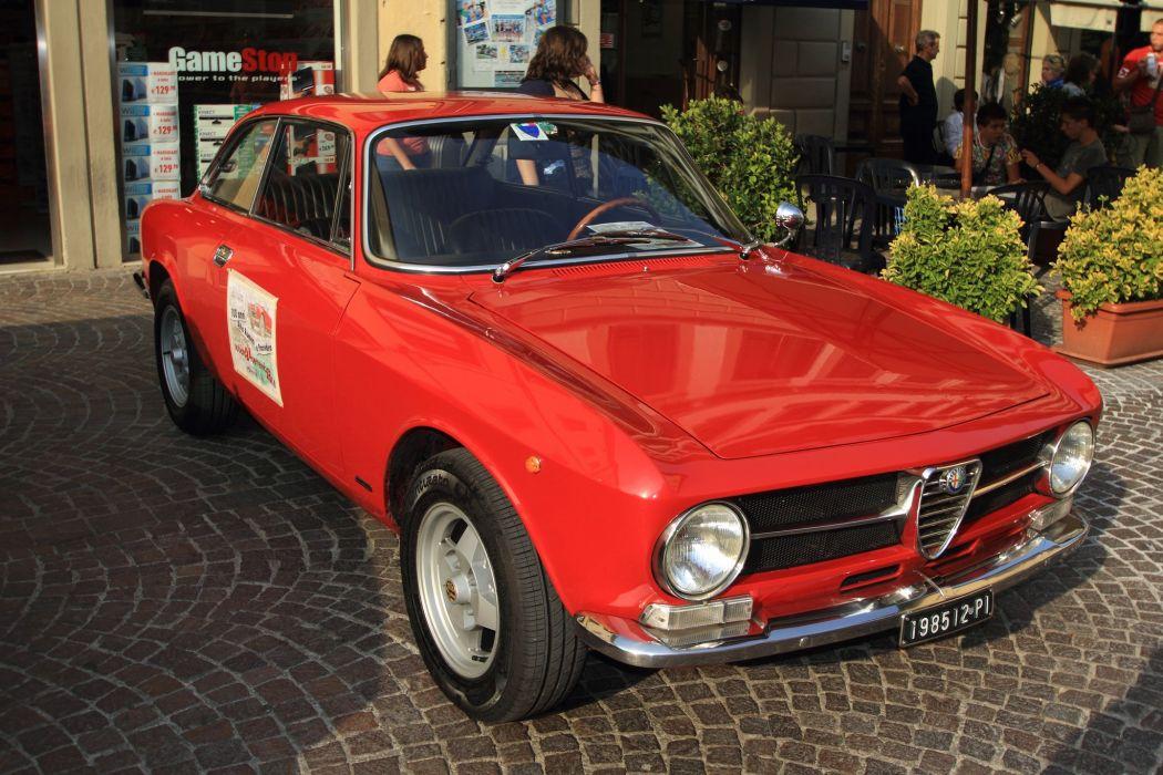 Alfa Romeo Giulia GT 1300 Junior cars classic wallpaper