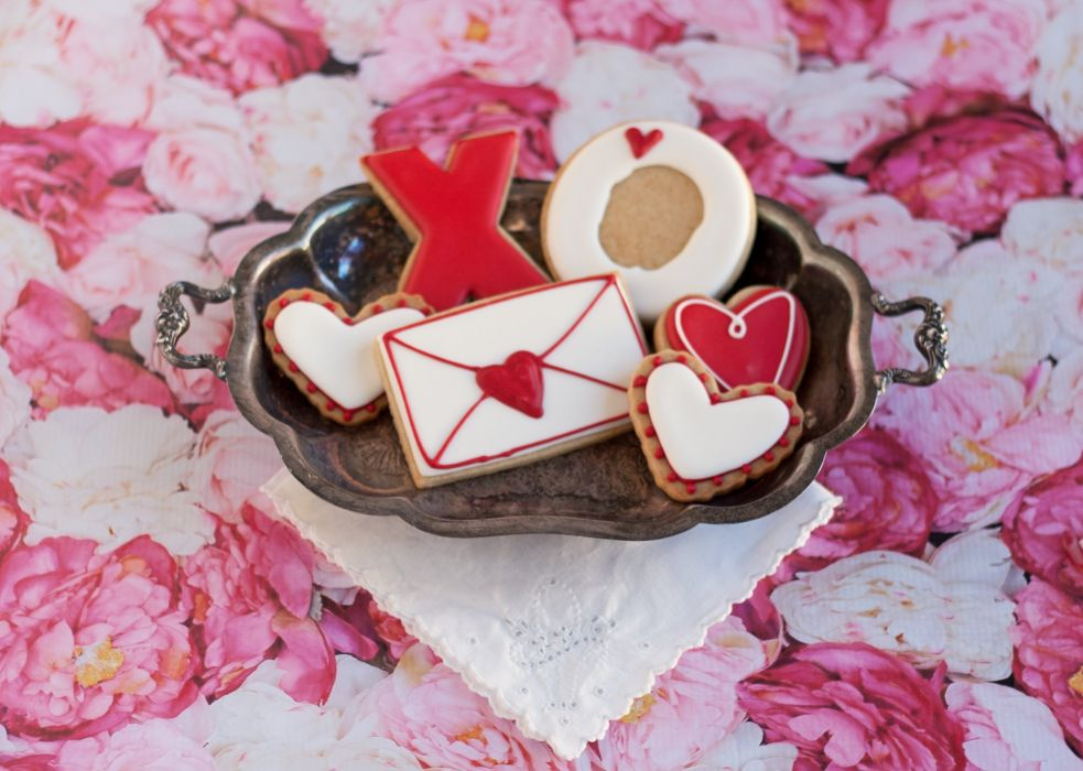 valentines day mood love holiday valentine heart dessert cokie