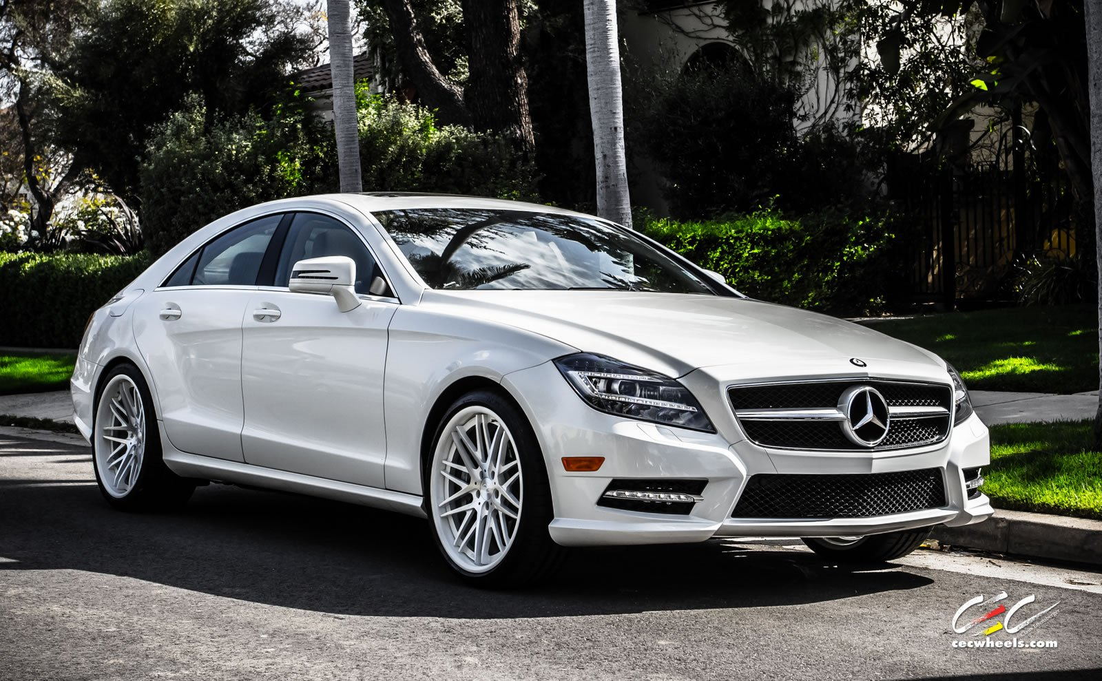 Image gallery mercedes benz cls 550 2015 for Mercedes benz cls550 for sale