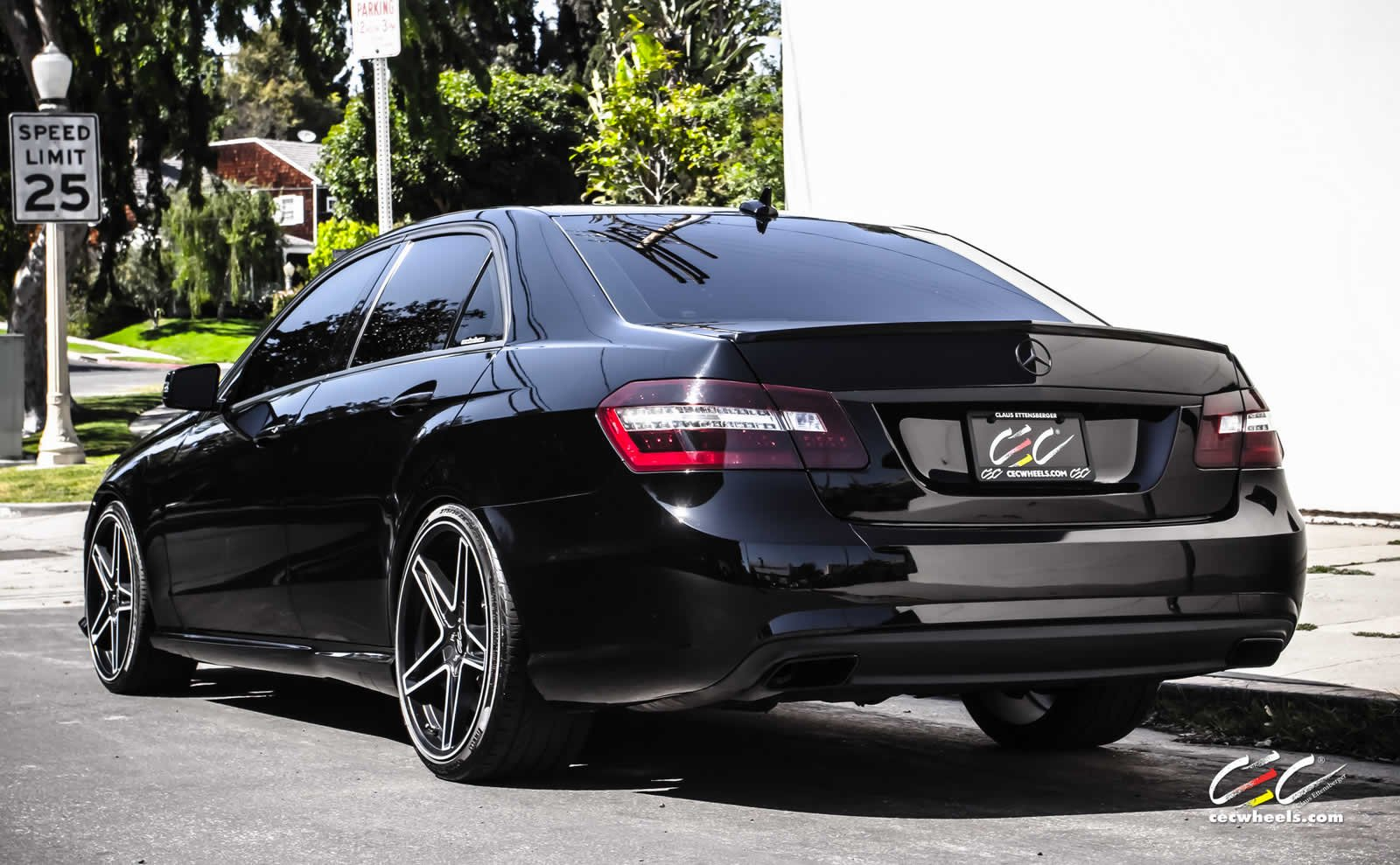 2016 Mercedes Benz C Class Coupe Selenit Grey Studio 6 2560x1600 together with Mercedes E Class Coupe Amg 3 as well Pictures Mercedes Benz 250 W114 115 1969 76 3246 additionally Forum entry likewise 7807003236. on mercedes benz e e350