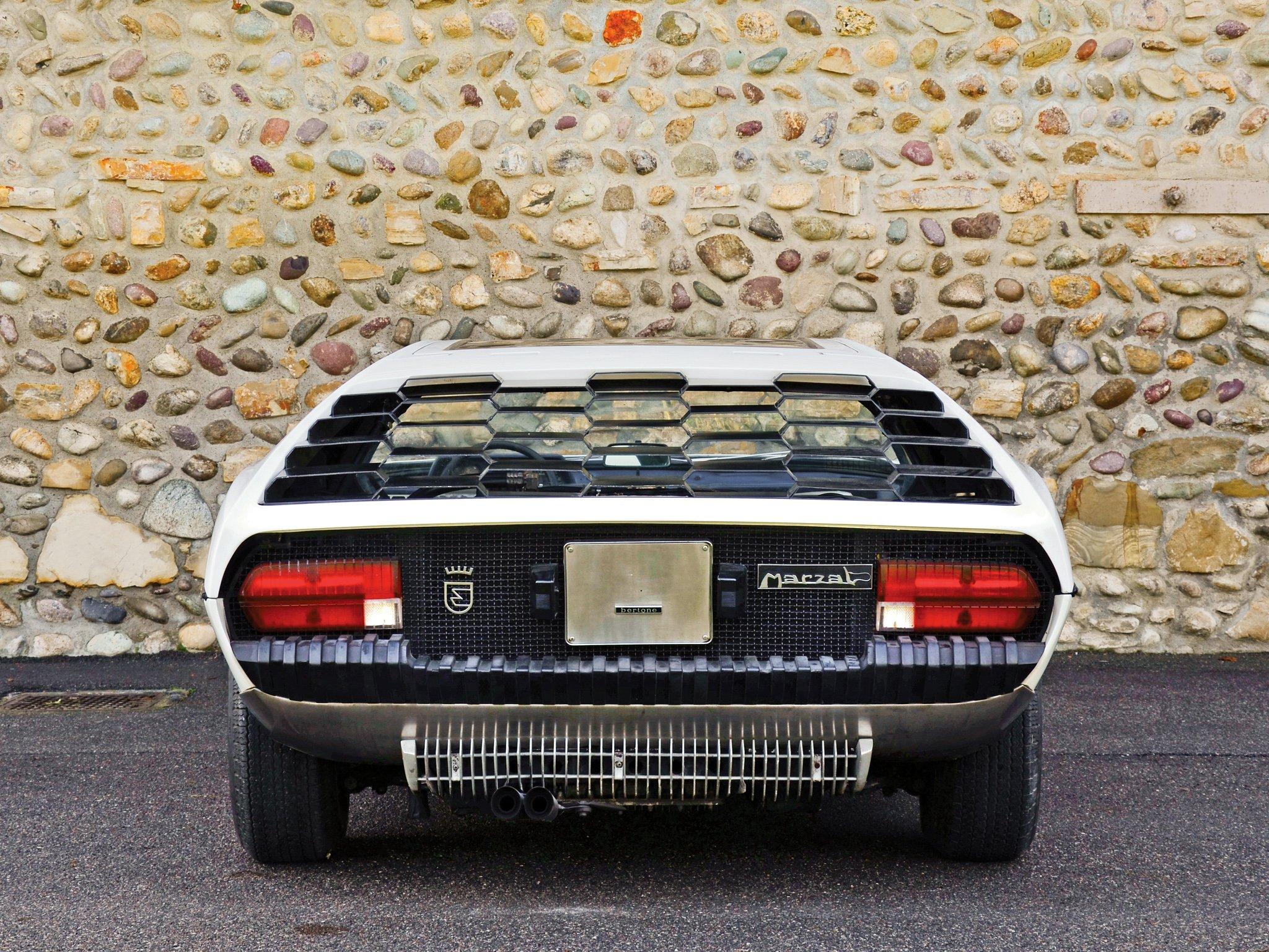1967 Lamborghini Marzal Bertone-04 wallpaper